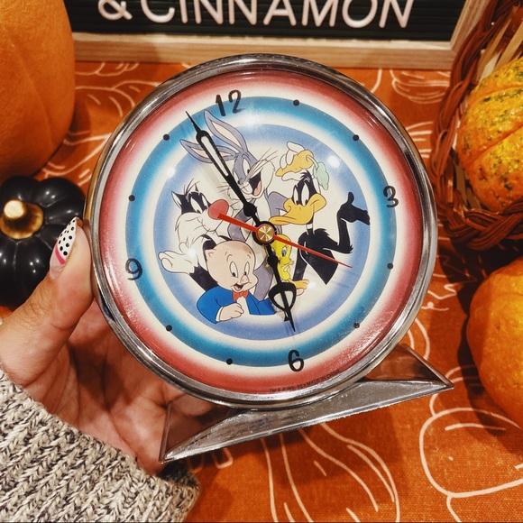 Warner Bros. Other - Looney Tunes | Vintage Desk Clock